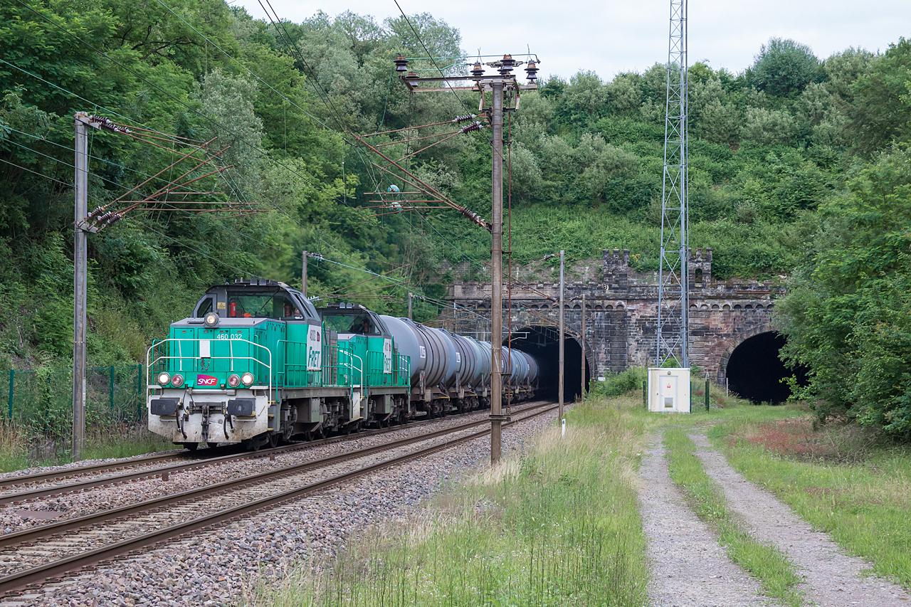 http://www.klawitter.info/bahn/allgemein/20180615-185134_SNCF460032-460127_Teterchen_431802_Creutzwald-Woippy_ak.jpg