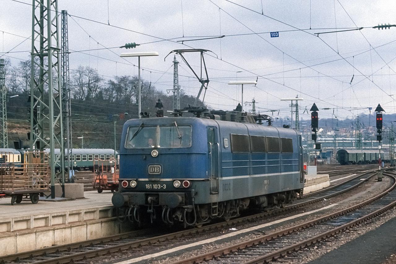https://www.klawitter.info/bahn/allgemein/19830131_20-17_181103_SaarbrueckenHbf_ak.jpg