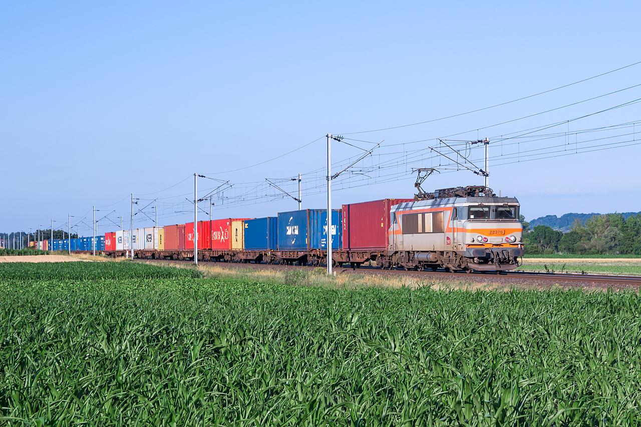 https://www.klawitter.info/bahn/allgemein/20200625-195748_SNCF22376_zw-Hochfelden-und-Wilwisheim_50630_Strasbourg-Port-du-Rhin-Gevrey-Triage_ak1.jpg