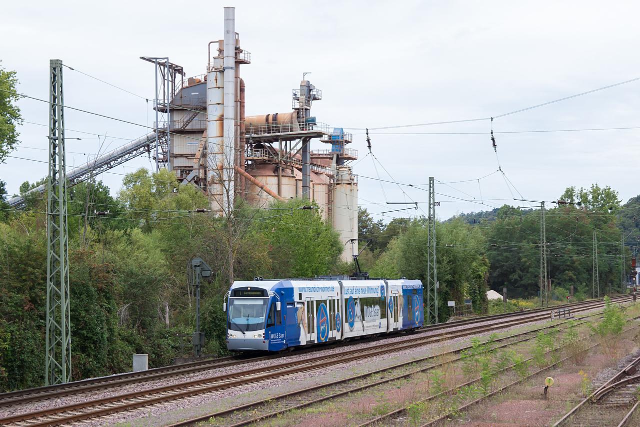 20200825-135644_Saarbahn1017_zw-Brebach-und-Guedingen_87207_Siedlerheim-Sarreguemines_ak.jpg